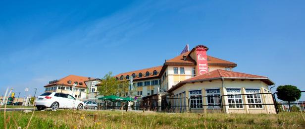 Kim Hotel Dresden Arrangements Zimmer Tagung Gaststätte Zur Tenne Familienzimmer